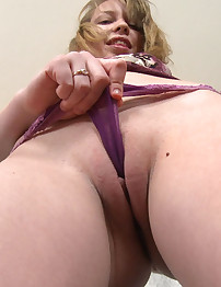 18 yo First-Timer Discovers her Clit